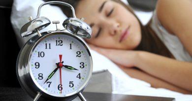 8 Saatten Fazla Uyumak Felç Riskini Arttırıyor