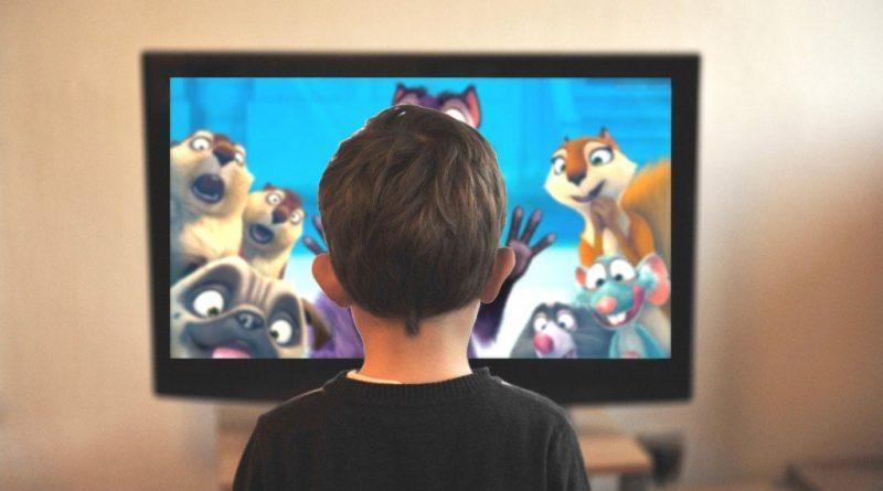 Fazla Televizyon izlemek Tansiyonu Yükseltiyor