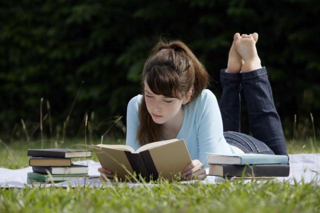 Roman Okumak Beynimizi Nasıl Etkiler?