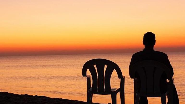 yalnızlık ile ilgili görsel sonucu