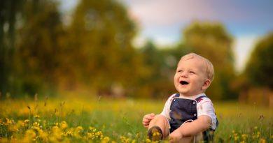 Gülmek Nasıl Ortaya Çıkar? Basit Ama Önemli Bir Soru