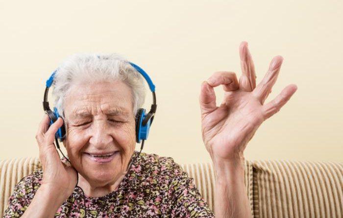 Müzik ve Beyin Uyarılarının Birlikte Çalışması Yaşlılarda Hafızayı Güçlendiriyor