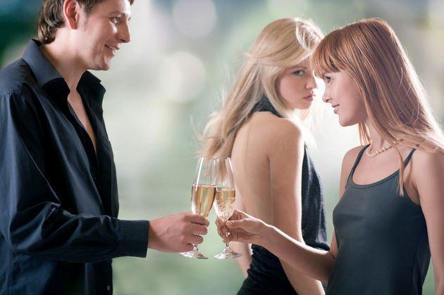 Kıskançlık Uzun Süreli İlişkileri Güçlendirebilir