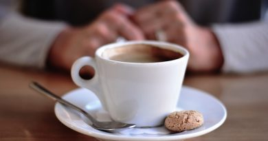 Kahve içmemek Neden Baş Ağrısı Yapar?