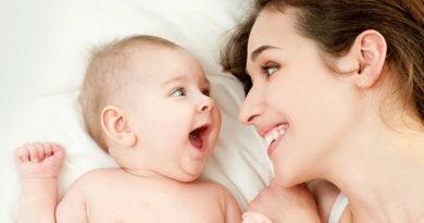 Bebeklerde-Bağlanmanın-Önemi